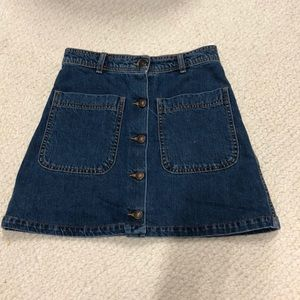 jean skirt with buttons & pockets